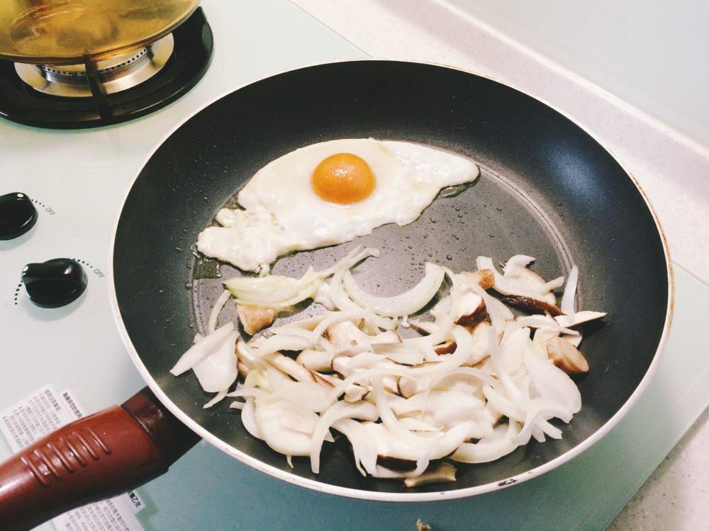 荷包蛋&香菇洋蔥